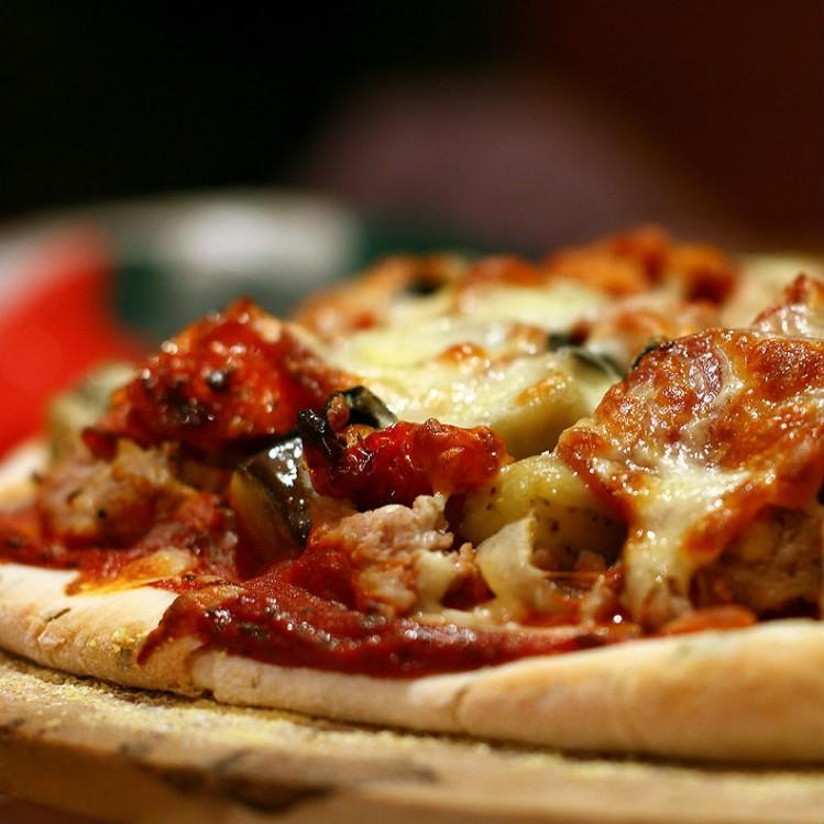 ¿Pizza y vino? ¿Podrá ser?